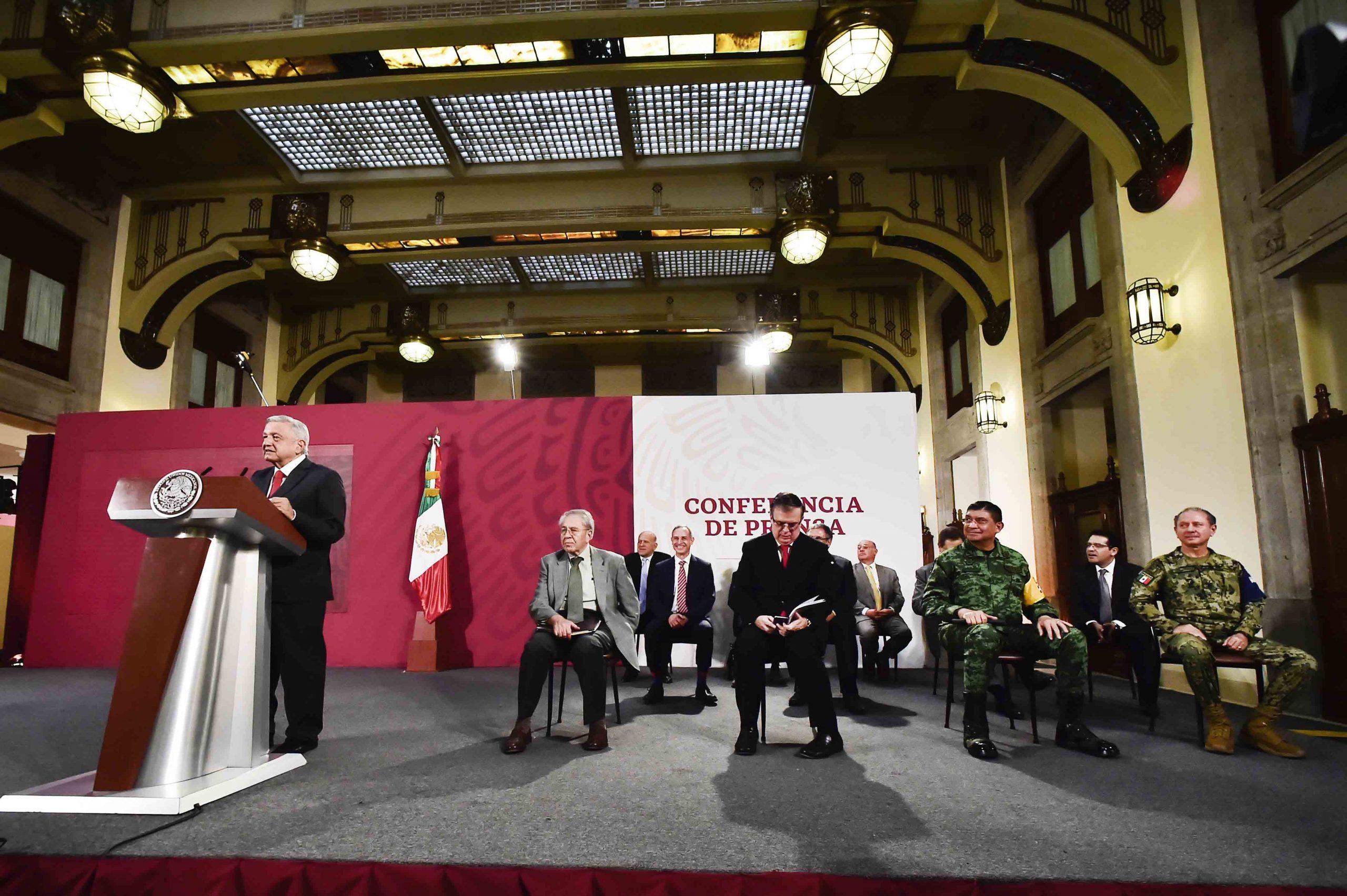 El presidente de México, Andrés Manuel López Obrador, en conferencia matutina en la Ciudad de México, México, 21 de abril de 2020.