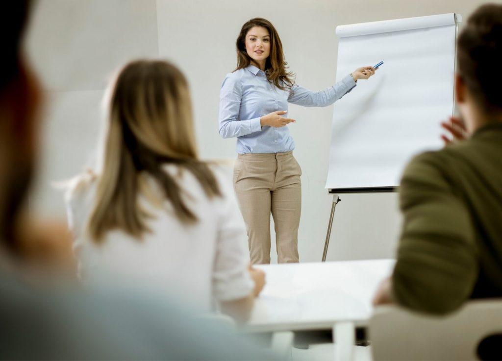 mujer empresaria, comunicación
